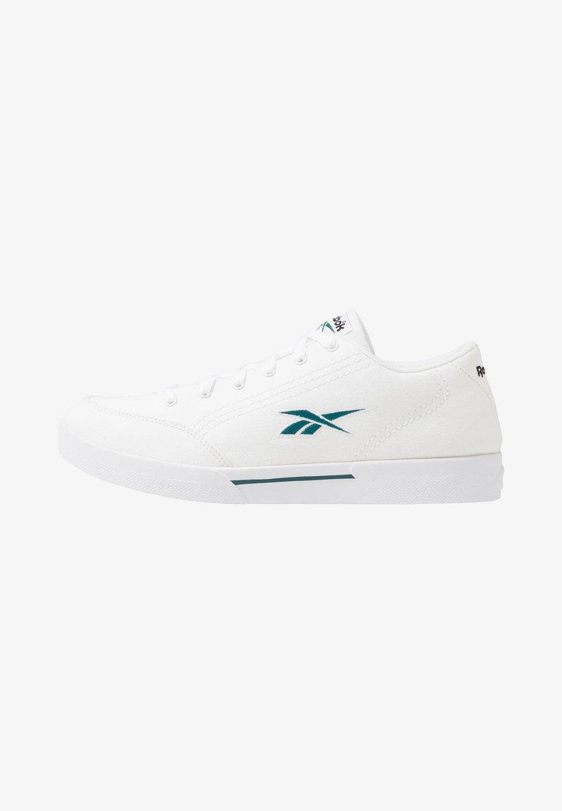 Reebok Classic - 2020-01-01 Slice Canvas Shoes - Tenisky - white/hertea/black