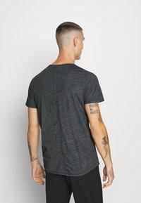 Tommy Jeans - ESSENTIAL JASPE TEE - T-shirt basic - black - 2