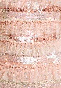 Needle & Thread - ARIANA SEQUIN GOWN - Festklänning - seashell - 8