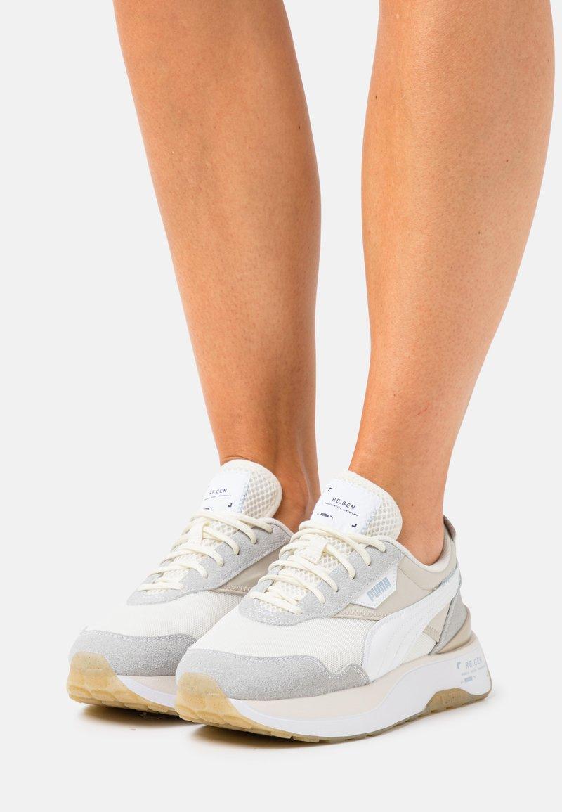 Puma - CRUISE RIDER V2 RE.GEN - Trainers - white/ivory glow/peyote
