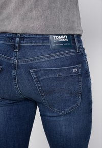Tommy Jeans - SCANTON SLIM - Jeans slim fit - nassau dark - 5