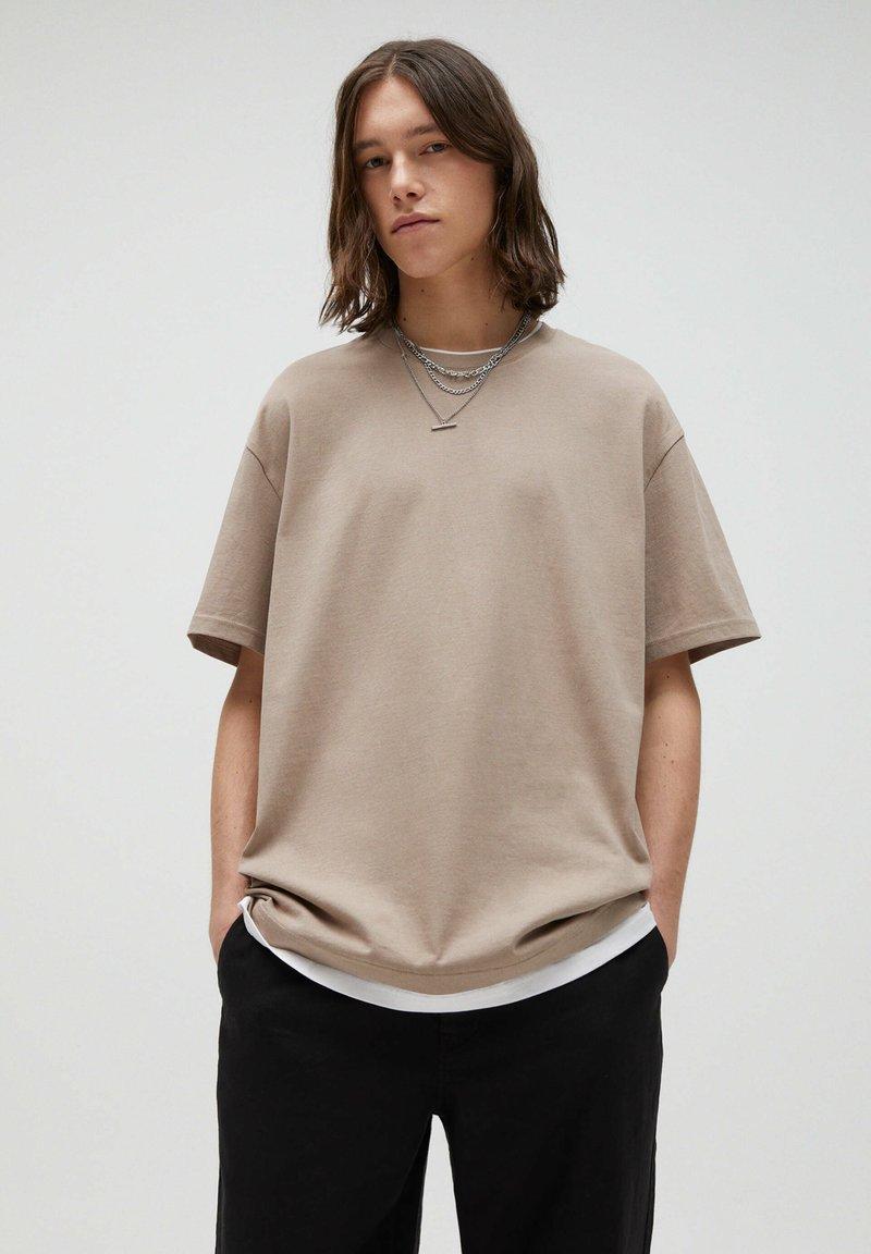 PULL&BEAR - Print T-shirt - brown