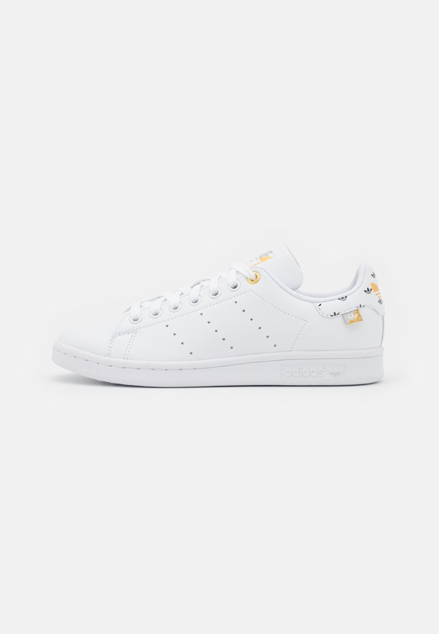 STAN SMITH  - Baskets basses - footwear white/silver metallic/gold metallic