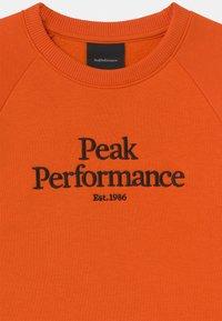 Peak Performance - ORIGINAL CREW UNISEX - Sweatshirt - orange - 2