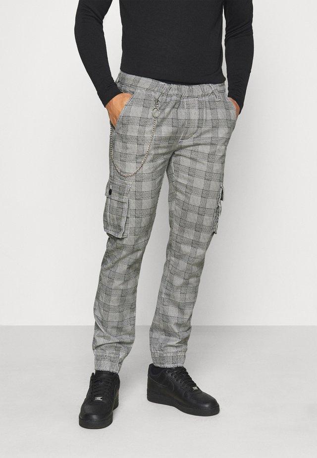 MILFORD TROUSER - Pantaloni cargo - grey
