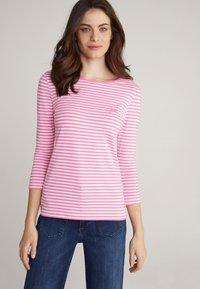 JOOP! - Long sleeved top - pink/weiß gestreift - 4