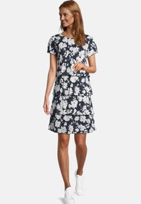 Betty Barclay - Day dress - weiß/dunkelblau - 0