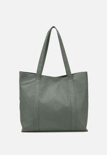 JUNA - Tote bag - green