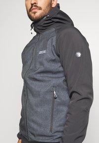 Regatta - AREC  - Soft shell jacket - ash/ash - 4