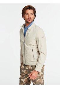 Guess - Light jacket - grau - 0