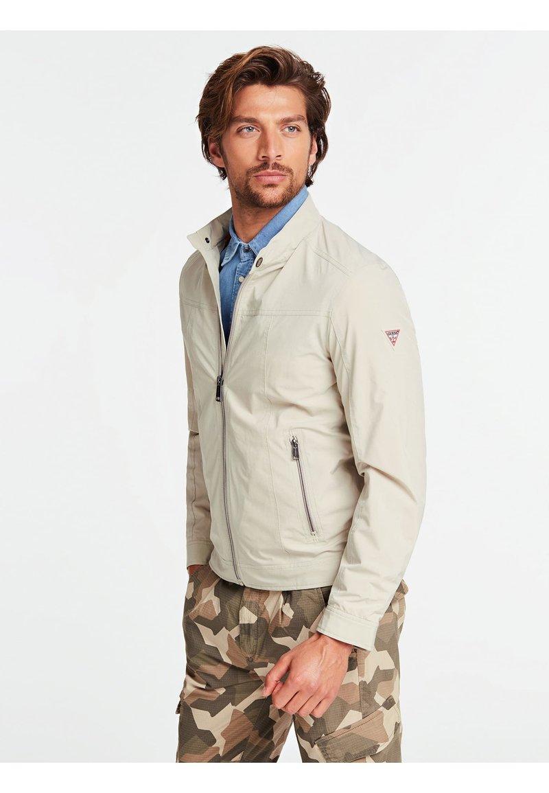 Guess - Light jacket - grau