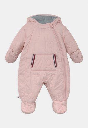 BABY SKISUIT - Lyžařská kombinéza - delicate pink