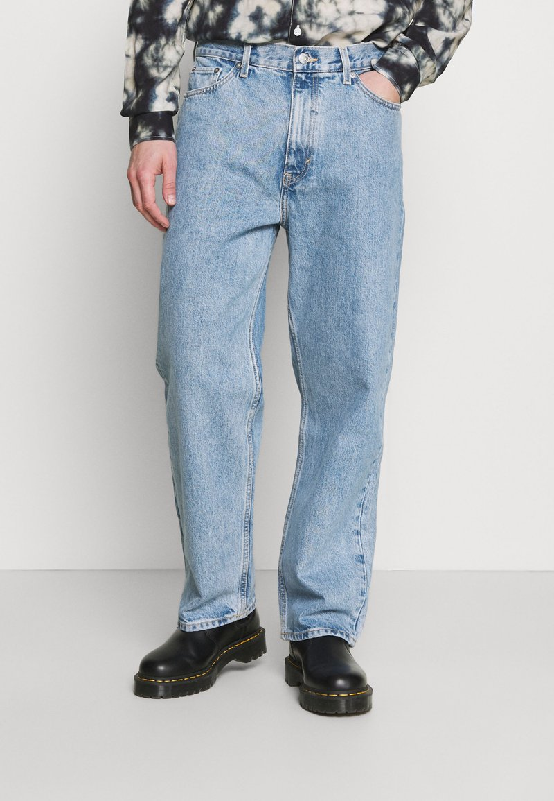 Weekday - GALAXY TROUSERS - Relaxed fit -farkut - hanson blue