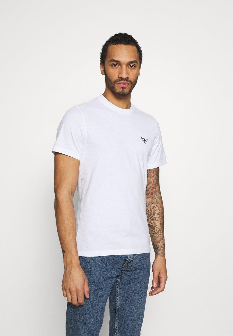Barbour Beacon - SMALL LOGO TEE - T-shirt - bas - white