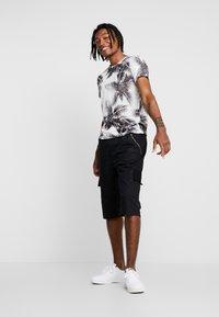 Piazza Italia - Shorts - black - 1