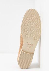 Gabor - Stringate - caramel - 6