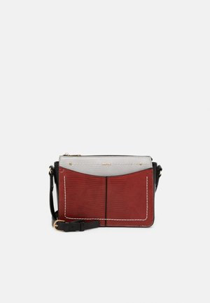 CROSSBODY BAG - Sac bandoulière - brick red