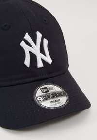 New Era - BABY MY FIRST 9FORTY NEW YORK YANKEES - Kšiltovka - navy/optic white - 2