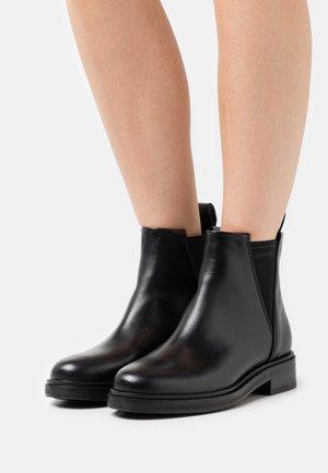 CHELSEA BOOT  - Bottines - black