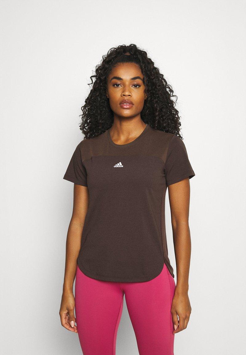 adidas Performance - AEROREADY TEE - Camiseta básica - brown
