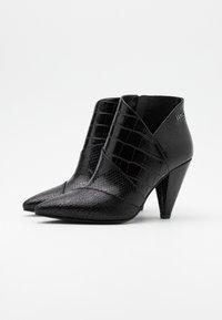 Liu Jo Jeans - SUZIE  - Botines de tacón - black - 2