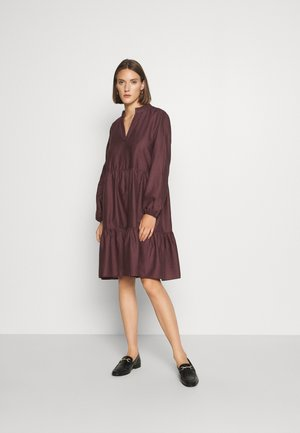 CEDA DRESS - Kjole - huckleberry