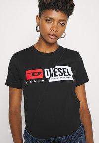Diesel - SILY CUTY - Print T-shirt - black - 3