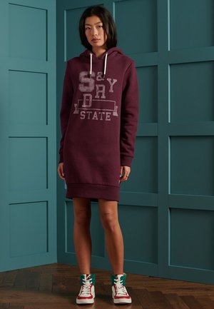 TRACK & FIELD SWEAT - Day dress - deep port