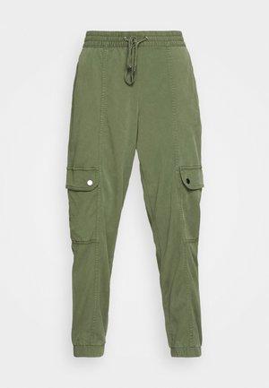 STRETCH UTILITY JOGGER - Trousers - khaki
