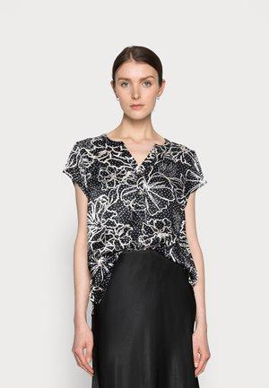 EMILY CAPSLEEVE - Basic T-shirt - black