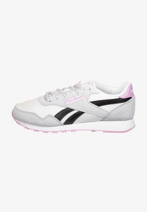 Trainers - white/steel gray/black