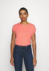 Vero Moda - Basic T-shirt - salmon - 0