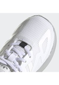 adidas Originals - ZX 2K SHOES - Trainers - white - 6
