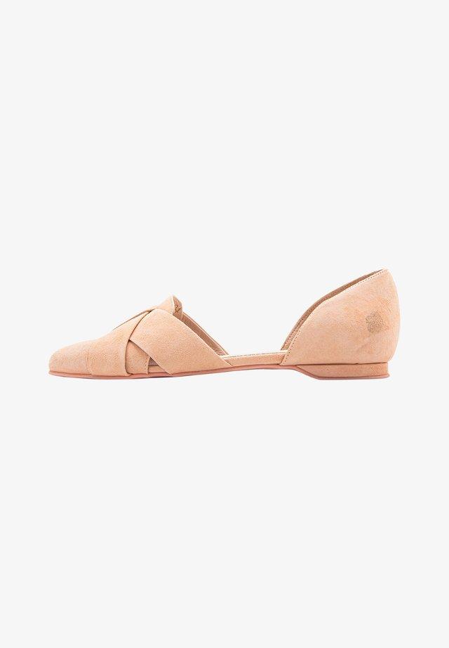 Ballet pumps - peach
