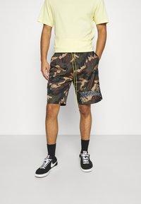 Mennace - CAMO PULL ON - Shorts - khaki - 0