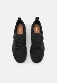 Clarks - TRISTELLAR GO - Sneakers laag - black - 3