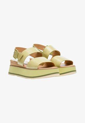 JAVARI LORY MELA - Platform sandals - green