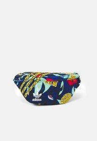adidas Originals - WAISTBAG UNISEX - Ledvinka - multicolor - 0