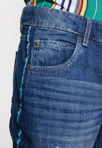 Brave Soul - WILLSTAPE - Jeansshort - light blue wash - 3