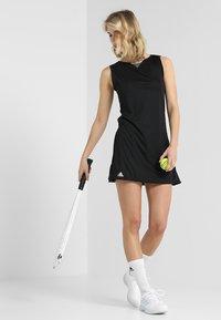 adidas Performance - CLUB DRESS SET - Sportovní šaty - black - 1