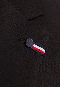 Tommy Hilfiger Tailored - SLIM FIT SUIT - Suit - brown - 9