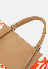 Marc O'Polo - EYWA - Tote bag - red - 3