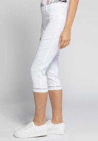 GINA LAURA - JULIA - Trousers - weiß - 2