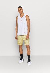 Jordan - AIR  - Sports shirt - white/infrared - 1
