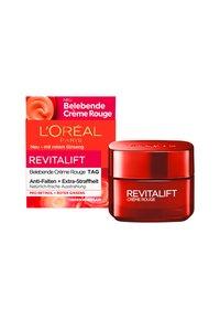 L'Oréal Paris - REVITALIFT ENERGISING RED DAY CREAM - Face cream - - - 1