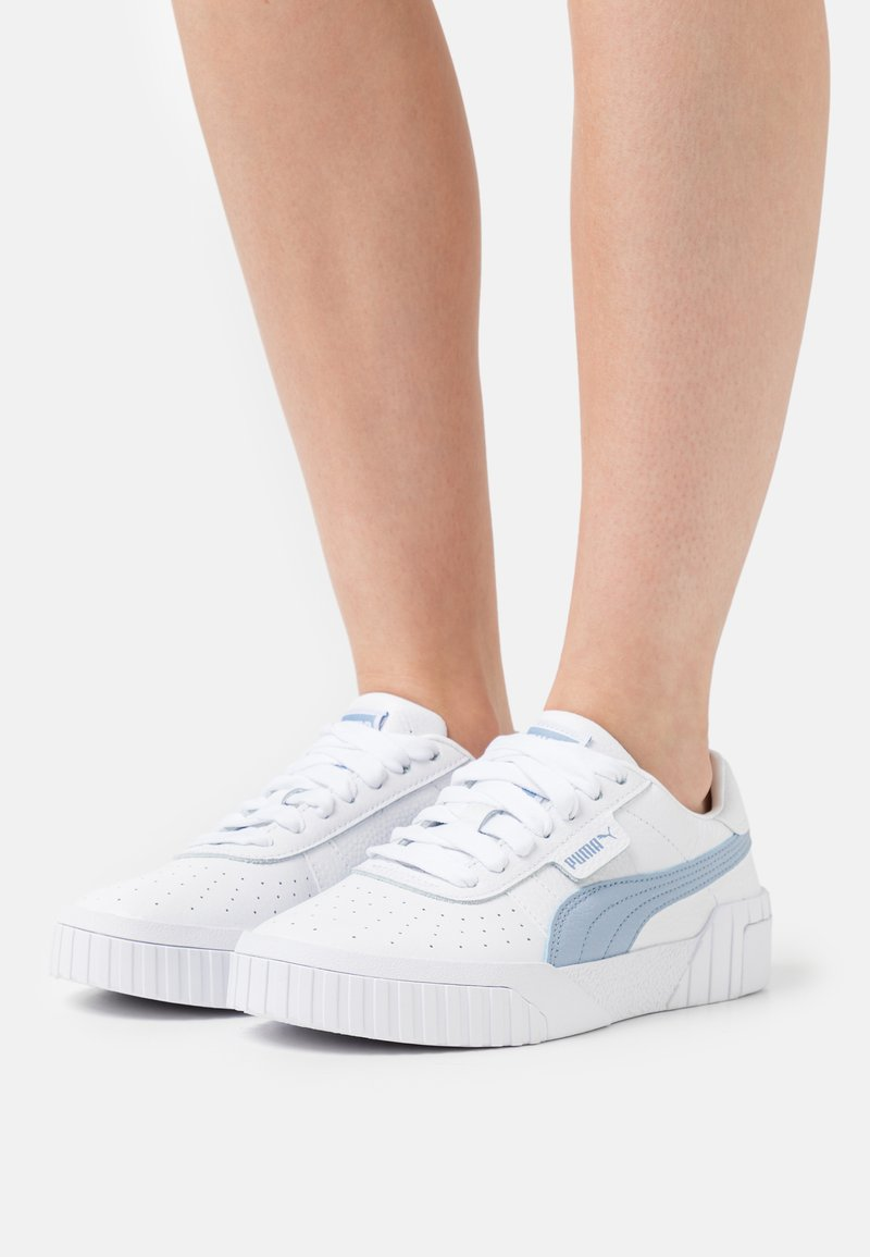 Puma - CALI - Joggesko - white/forever blue