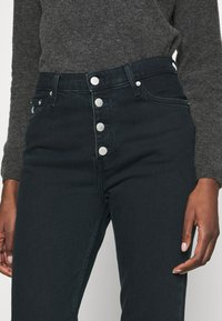 Calvin Klein Jeans - MOM - Relaxed fit jeans -  blue black shank - 4