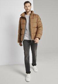 TOM TAILOR - MIT KAPUZE - Winter jacket - toasted coconut - 1