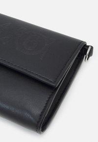 MM6 Maison Margiela - PORTAFOGLIO - Wallet - black - 3