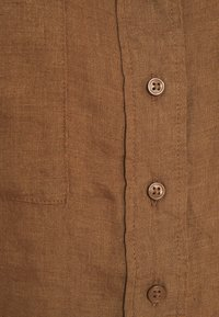 Gina Tricot - WELLIE LINEN SHIRT - Button-down blouse - raw umber - 2